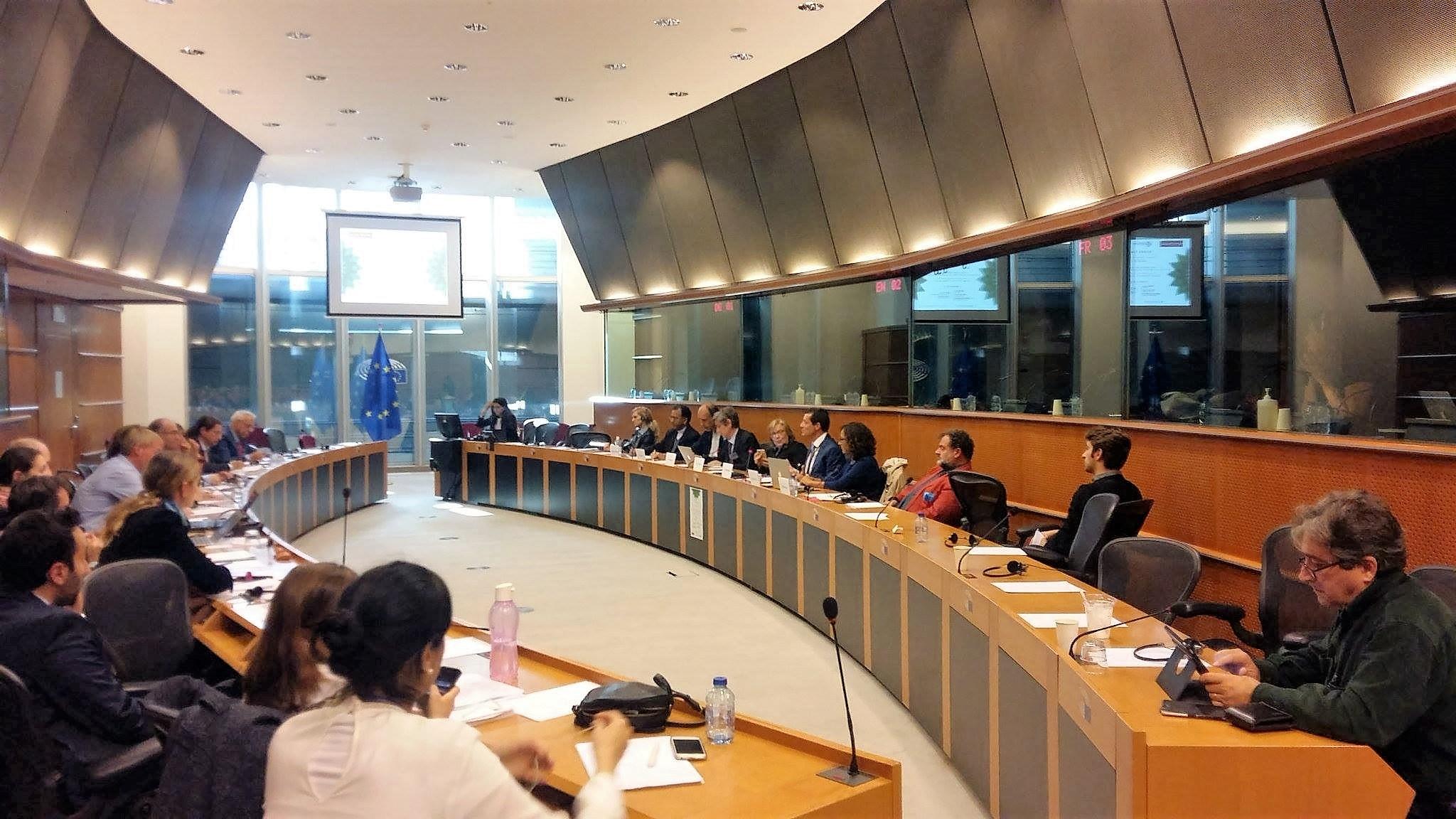 incontro-al-parliamento-europeo-josh